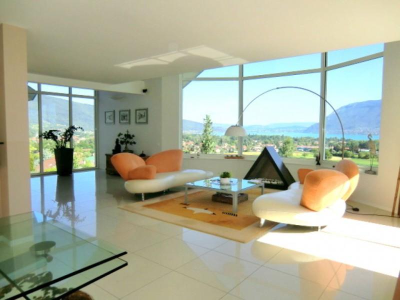 Vente saint jorioz villa contemporaine avec vue for Maison moderne 74000